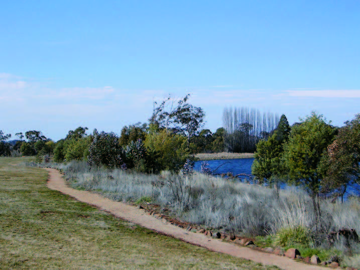 Gosling Creek Reserve: Pedestrian/Cycle Way