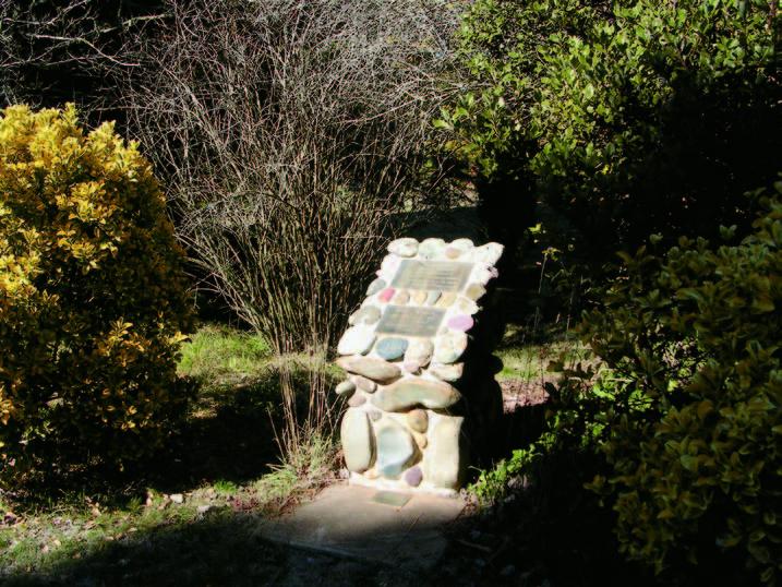 Memorial Pinnacle road